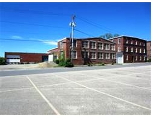 Commercial for Sale at 11 Oakland Street Amesbury, Massachusetts 01913 United States