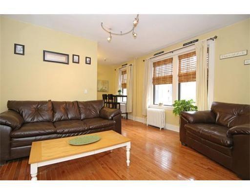 独户住宅 为 出租 在 374 Chestnut Hill Avenue 波士顿, 马萨诸塞州 02135 美国