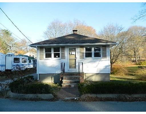 واحد منزل الأسرة للـ Sale في 45 Archer Road 45 Archer Road Rockland, Massachusetts 02370 United States
