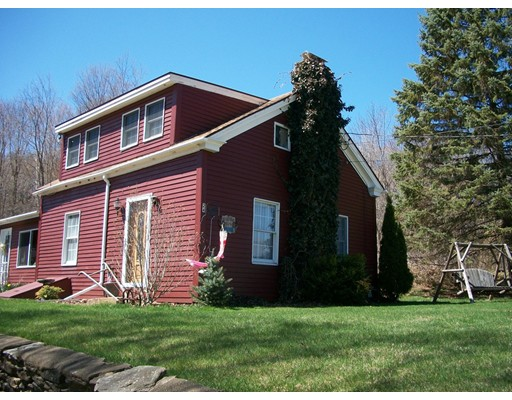 Casa Unifamiliar por un Venta en 24 Southbridge Road Ext Warren, Massachusetts 01083 Estados Unidos