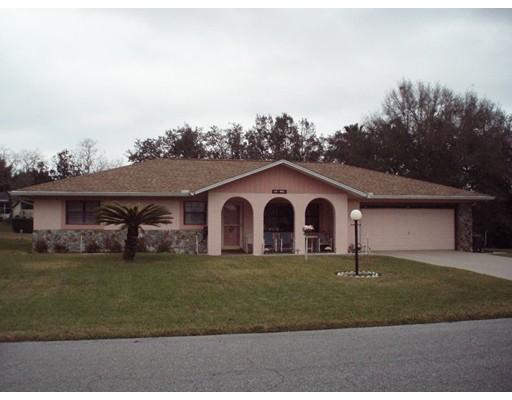 Частный односемейный дом для того Продажа на 125 W. Seymeria Drive Beverly Hills, Флорида 34465 Соединенные Штаты