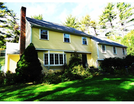 3 Saddle Ridge Road, Dover, MA 02030