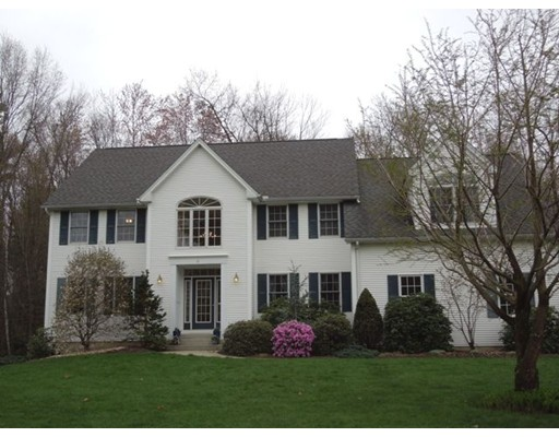 Single Family Home for Sale at 31 Ericka Circle East Longmeadow, Massachusetts 01028 United States