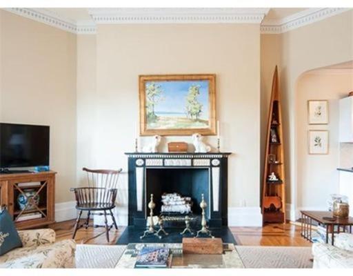 独户住宅 为 出租 在 232 Beacon Street 波士顿, 马萨诸塞州 02116 美国