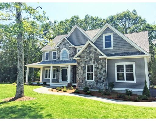 Maison unifamiliale pour l Vente à 31 Coach Road Plainville, Massachusetts 02762 États-Unis