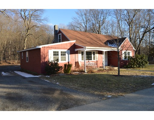 Single Family Home for Sale at 230 Parkerville Road Southborough, Massachusetts 01772 United States