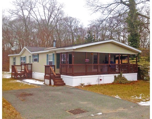 Single Family Home for Sale at 5 Medallion Road Holbrook, Massachusetts 02343 United States