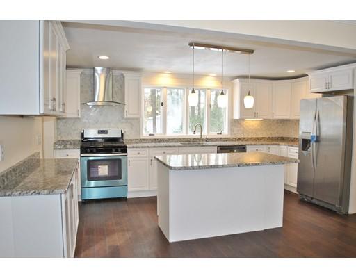 Casa Unifamiliar por un Venta en 42 Deerhaven Drive Nashua, Nueva Hampshire 03064 Estados Unidos
