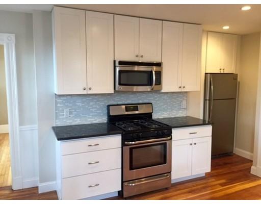 Townhome / Condominium للـ Rent في 38 Vinton Street 38 Vinton Street Boston, Massachusetts 02127 United States