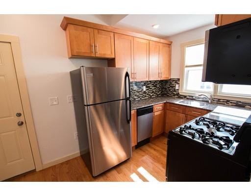 独户住宅 为 出租 在 109 Tremont Street 坎布里奇, 马萨诸塞州 02139 美国