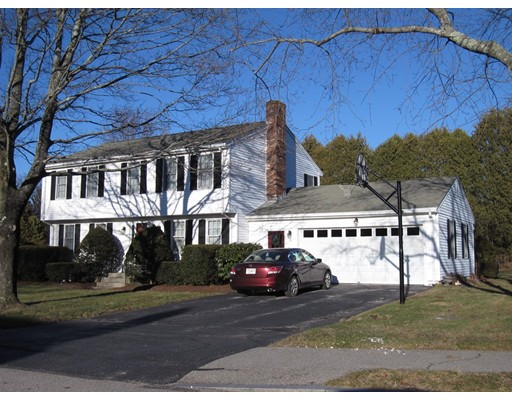 Single Family Home for Sale at 18 Ward Lane Westborough, Massachusetts 01581 United States