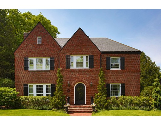 Single Family Home for Sale at 135 Willard Road Brookline, Massachusetts 02445 United States