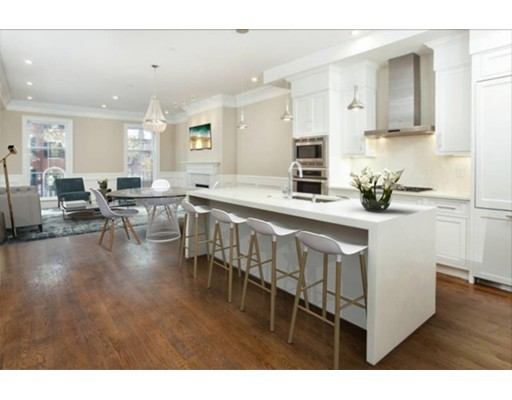Additional photo for property listing at 73 Mount Vernon Street 73 Mount Vernon Street Boston, Massachusetts 02108 Estados Unidos