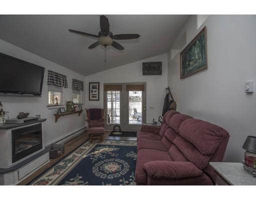 40 Meadowbrook Ln, Norton, MA, 02766