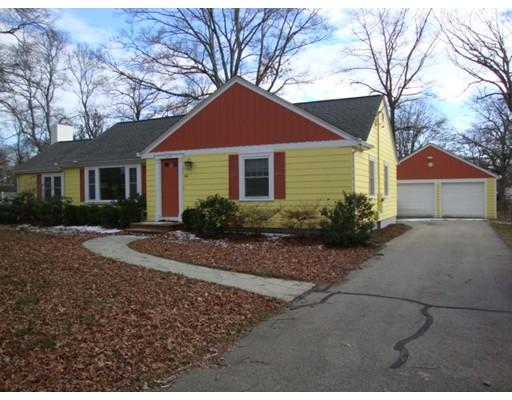 104 Metcalf Rd, North Attleboro, MA 02760