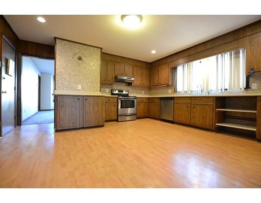 Casa Unifamiliar por un Alquiler en 285 Webster Street Boston, Massachusetts 02128 Estados Unidos