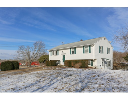 Single Family Home for Sale at 997 Rte 169 Woodstock, 06281 United States