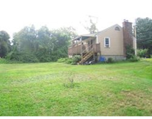 Single Family Home for Sale at 389 Concord Road Bedford, Massachusetts 01730 United States