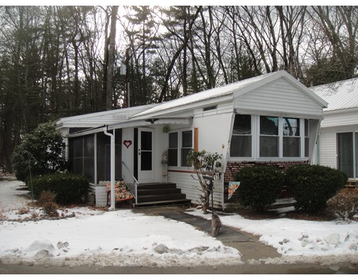 Single Family Home for Sale at 10 Thunderbird Marlborough, Massachusetts 01752 United States