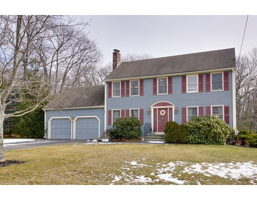Single Family Home for Sale at 13 Wampanoag Drive Franklin, Massachusetts 02038 United States