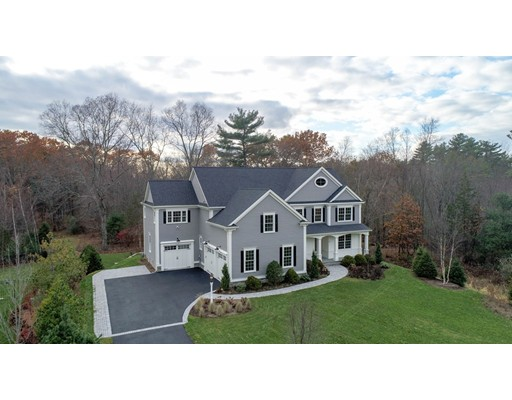 Casa Unifamiliar por un Venta en 22 Cutting Lane Sudbury, Massachusetts 01776 Estados Unidos