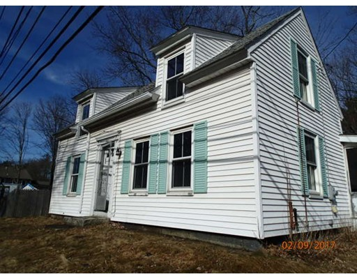 Single Family Home for Sale at 32 Milford street Upton, Massachusetts 01568 United States