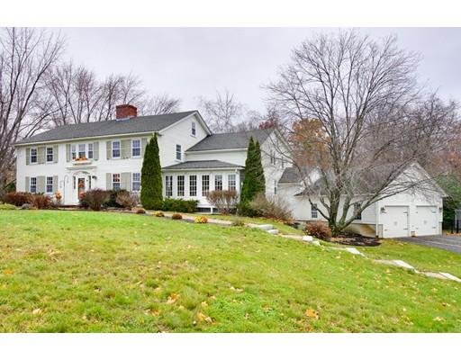 Частный односемейный дом для того Продажа на 70 Concord Road Westford, Массачусетс 01886 Соединенные Штаты