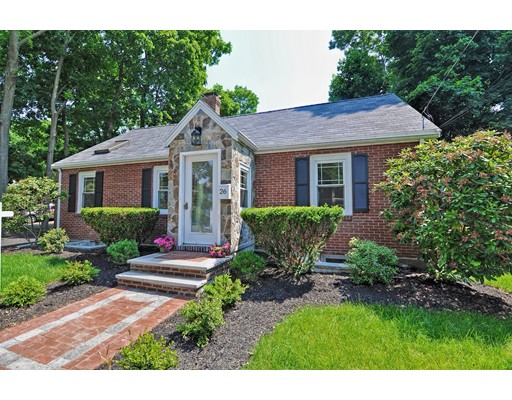 Casa Unifamiliar por un Venta en 26 Powder House Terr Medford, Massachusetts 02155 Estados Unidos