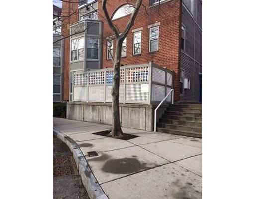 独户住宅 为 出租 在 1 Henry Street 坎布里奇, 马萨诸塞州 02139 美国