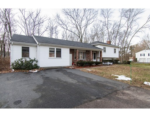 Single Family Home for Sale at 416 Paula Lane Franklin, Massachusetts 02038 United States