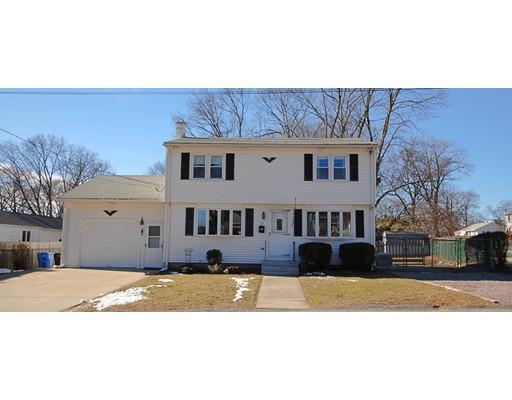 Maison unifamiliale pour l Vente à 25 Fernwood Drive Cranston, Rhode Island 02920 États-Unis