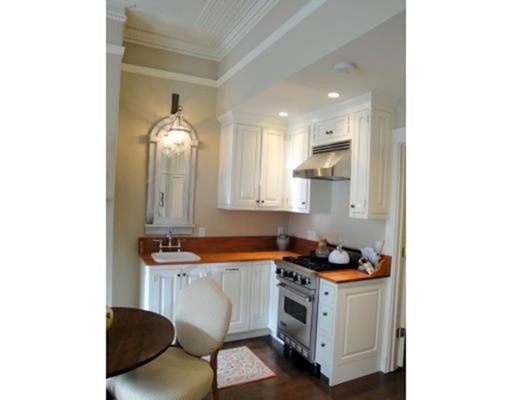 独户住宅 为 出租 在 259 Marlborough Street 波士顿, 马萨诸塞州 02116 美国