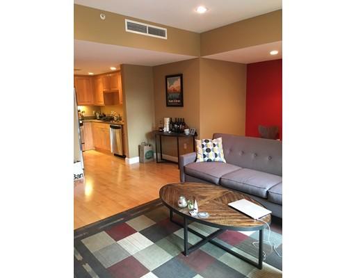 独户住宅 为 出租 在 10 Bowdoin Street 波士顿, 马萨诸塞州 02114 美国