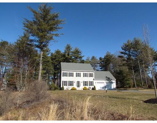 Частный односемейный дом для того Продажа на 11 Bourne Drive Halifax, Массачусетс 02338 Соединенные Штаты