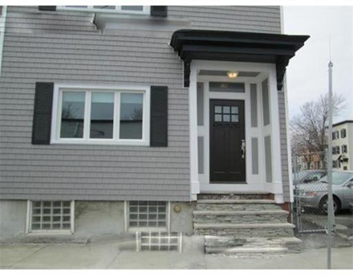 独户住宅 为 出租 在 43 Rogers 波士顿, 马萨诸塞州 02127 美国