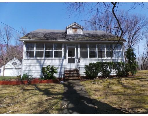 233  Blanchard St,  Chicopee, MA