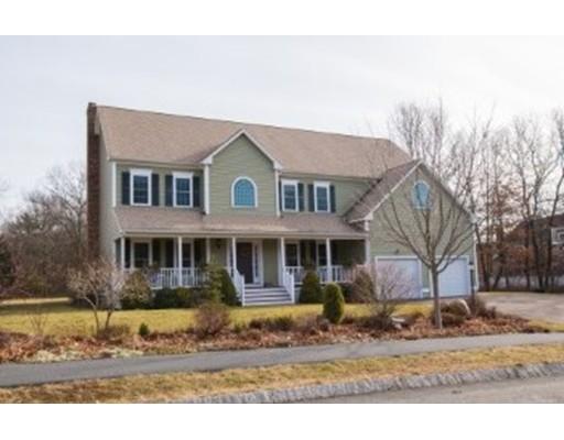 Maison unifamiliale pour l Vente à 3 Farrier Way Plainville, Massachusetts 02762 États-Unis