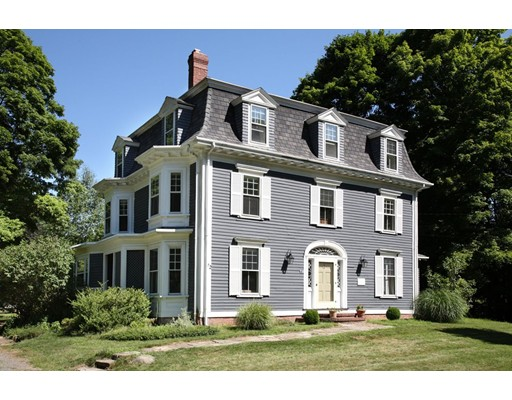 Single Family Home for Sale at 72 Church street Weston, Massachusetts 02493 United States