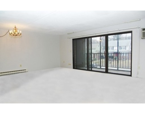 Casa Unifamiliar por un Alquiler en 190 High Medford, Massachusetts 02155 Estados Unidos