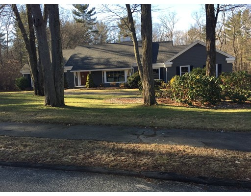 Single Family Home for Sale at 9 Alderbrook Drive Topsfield, Massachusetts 01983 United States