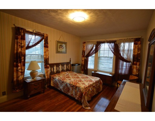 Additional photo for property listing at 110 Floyd Street  Boston, Massachusetts 02124 Estados Unidos