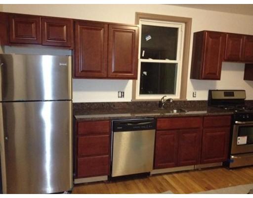Casa Unifamiliar por un Alquiler en 9 Winship Street Boston, Massachusetts 02135 Estados Unidos