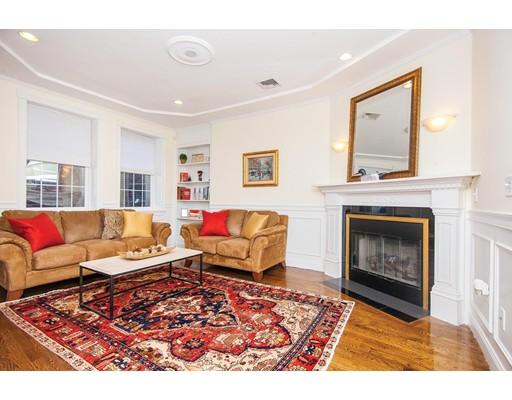 独户住宅 为 出租 在 15 Harvard Street 波士顿, 马萨诸塞州 02129 美国
