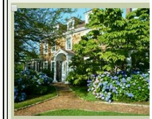 Maison unifamiliale pour l Vente à 1460 gardners neck road 1460 gardners neck road Swansea, Massachusetts 02777 États-Unis