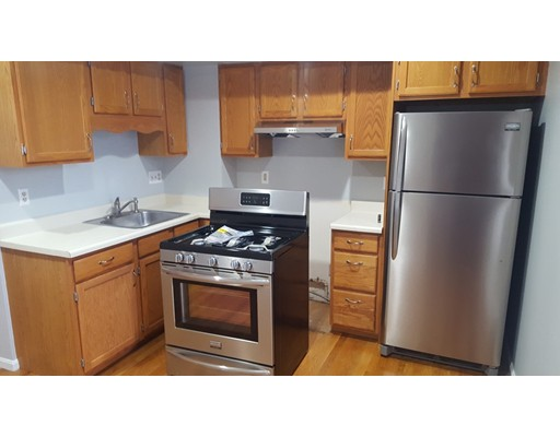 Additional photo for property listing at 925 Dorchester Avenue  Boston, Massachusetts 02125 Estados Unidos