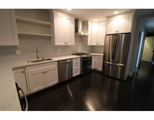 Additional photo for property listing at 115 G Street  Boston, Massachusetts 02127 Estados Unidos