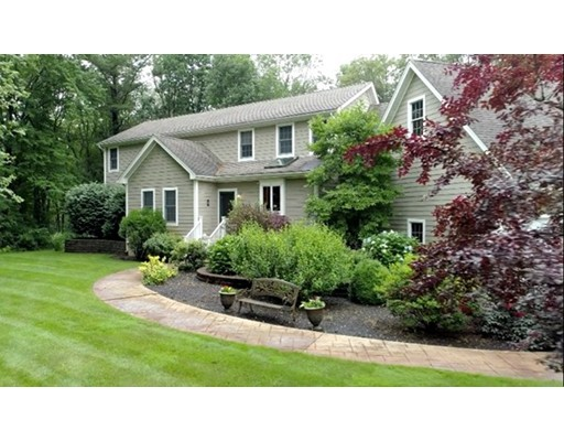 Single Family Home for Sale at 29 Bow Street Plainville, Massachusetts 02762 United States
