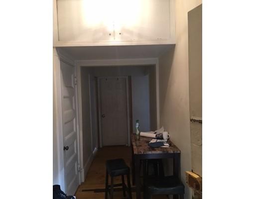 独户住宅 为 出租 在 583 Beacon Street 波士顿, 马萨诸塞州 02115 美国