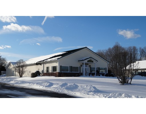 5 Charlesview Rd, Hopedale, MA 01747