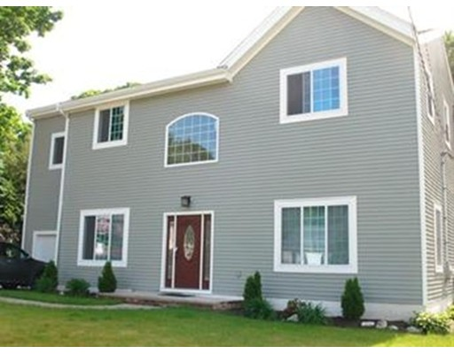 Single Family Home for Sale at 22 Pond View Road Canton, Massachusetts 02021 United States
